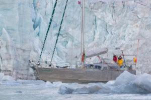 Hacia el Polo Norte en velero.
